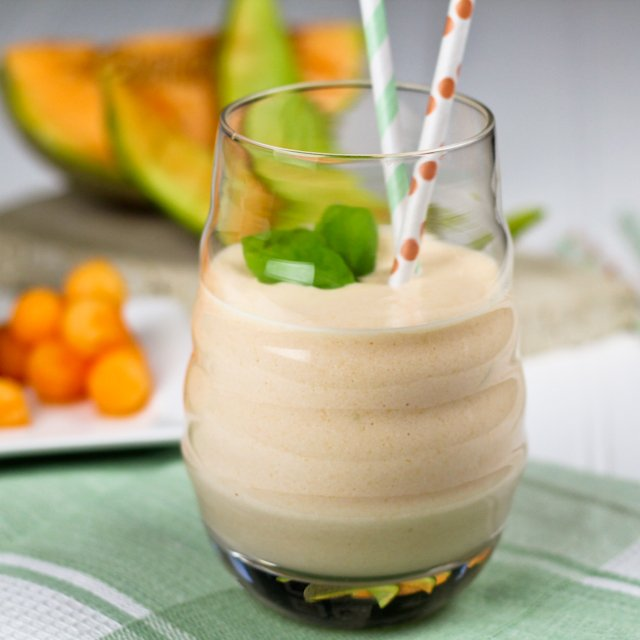 High-Protein-Cantaloupe-Smoothie for kids